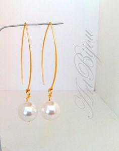 Small Earrings – Pearl Earrings, Gold Dangle Earrings, Bridal – a unique product by ArtBijou on DaWanda