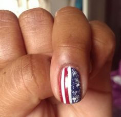 A sample patriotic design I did while watching TV last week. I said I would do it for the 4th but that never came to fruition. I used Sinful Colors Snow Me White and GoGo Girl with China Glaze First Mate and Spellbound Pishsalver Custom Aluce in Wonderland Drink Me white glitter topper.