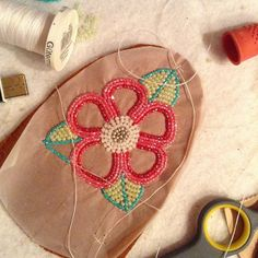 .@robyn_smarch | Sew sew sew off to sew I go!! Lol #beadwork #flower #mocs #tlingit