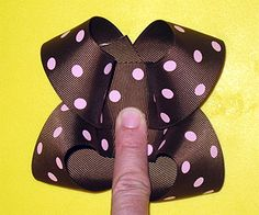 Free HairBow Instructions. Perky Butterfly Bow.  These are my favorite looking bows!