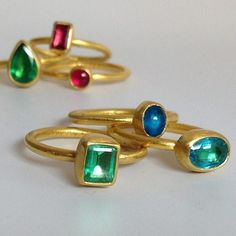 These colors #showmeyourrings #emerald #paraiba #apatite #stephaniealbertsonjewelry
