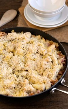 One Skillet Chicken Parmesan - substitute gluten free noodles and bread crumbs