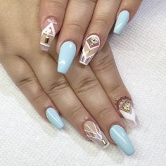 Coffin nails with negative space design
