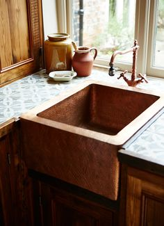 A beaten copper sink & brass taps will add a stylish touch to kitchens from The Main Company. http://themaincompany.co.uk