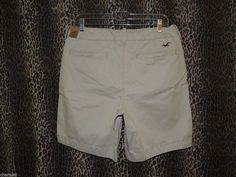 Hollister Mens Bay Shore Button Fly Beige Khakis Chinos Shorts Size 30 31 32 NWT #Hollister #KhakisChinos