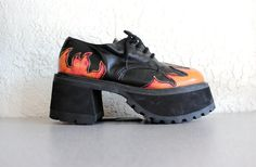 84480a3cc0f8 vintage 90s Flame pyro Chunky Heel Platform ankle Goth Grunge Boot 9