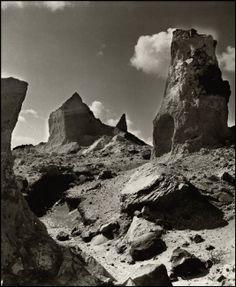 Herbert List, Santorini 1937 Herbert List, Modern Photography, Color Photography, Street Photography, Santorini, Magnum Photos, Source Of Inspiration, Plein Air, Old Pictures