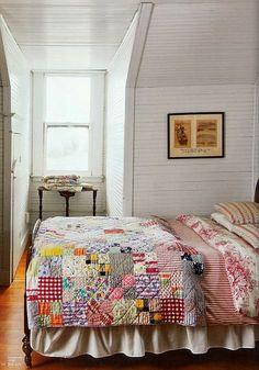 Farmhouse style / Scrappy patchwork quilt love it! Home Bedroom, Bedroom Decor, Farm Bedroom, Bedroom Ideas, Shabby Bedroom, Bedroom Rustic, Bedroom Photos, Design Bedroom, Vintage Quilts