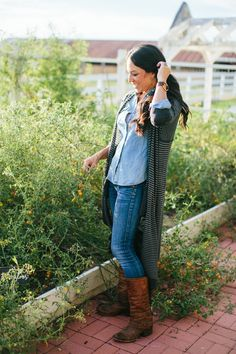 What a fabulous fall outfit - casual and fun with awesome boots.