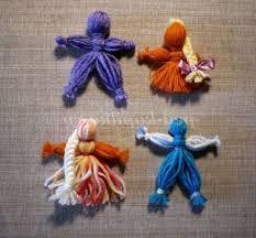 Картинки по запросу вироби з ниток для дітей Crochet Necklace, Diy, Jewelry, Jewlery, Bricolage, Jewerly, Schmuck, Do It Yourself, Jewels