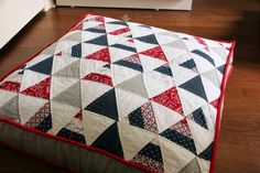 Red, White, and Blue {Floor Cushions}: Triangle Bean Bag Cushion