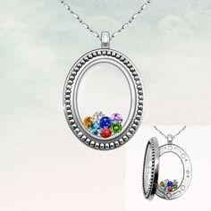 Vintage Oval Glass Living Locket Necklace