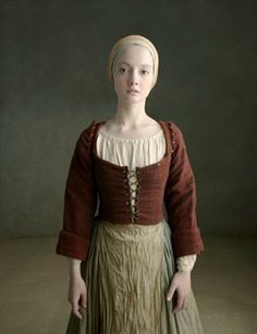 peasant or farm girl dressed in rough century clothing - Mittelalter 18th Century Dress, 18th Century Clothing, 18th Century Fashion, Historical Costume, Historical Clothing, Renaissance Clothing, Medieval Peasant Clothing, Period Outfit, Medieval Dress