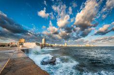 Amazing view of Havana's Malecon | © 2012 Pixamundo