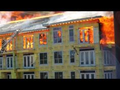 Unbelievable rescue of a construction worker on the balcony of a burning apartment building. #YouTube