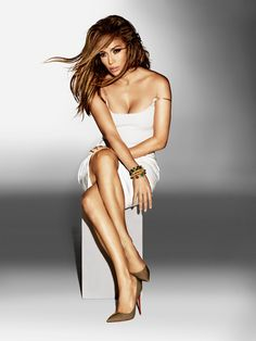 Jennifer Lopez is designing a bracelet and charm collection for Endless Jewelry! Get the details here.