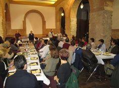 Más de 40 personas asistieron a una cata-maridaje de vinos espumosos en Valdepeñas