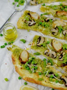 Lovely Green Pesto Pizza - Stilettos & Sprouts