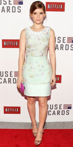 Kate Mara screened House of Cards in a mint Peter Som dress that she styled with a bright clutch and satin Brian Atwood peep-toes.