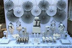 Little Big Company | The Blog: White, silver and grey New Year's Eve Party by Bloom Design