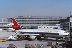 Republic Airlines, Northwest Airlines, Cargo Aircraft, Old Planes, Airplane Photography, Best Airlines, Airplane Travel, Commercial Aircraft, Air Travel