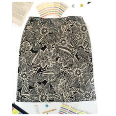 DKNY Petite Small Floral Skirt Classy Petite skirt is perfect for work or play. Has a show stopping floral design. Please ask me any and all questions. DKNY Skirts