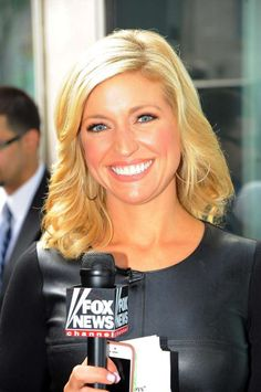 Courtney Friel Fox News News Anchors Beauty Amp More