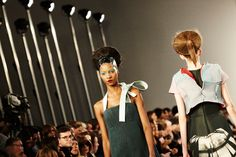 At Maison Margiela, Beehive Hair and Fishnets - The New York Times