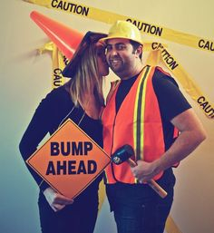 Baby Announcement (which doubled as a Halloween costume) octoberpregnancyannouncement October Pregnancy Announcement, Second Baby Announcements, Halloween Pregnancy Announcement, Baby Announcement Pictures, Pregnancy Announcement To Husband, Pregnant Couple Halloween Costumes, Pregnancy Costumes, Mom Costumes, Hallowen Costume