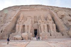 【エジプト】世界遺産条約発足のきっかけとなった遺産、圧巻のアブ・シンベル大神殿!