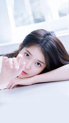 K-Pop Babe Pics – Photos of every single female singer in Korean Pop Music (K-Pop) Korean Actresses, Korean Actors, Actors & Actresses, Korean Star, Korean Girl, Manga K, Iu Moon Lovers, K Pop, Iu Twitter