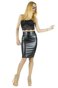 Fusta Dama Sensual Black  Fusta dama din material usor elastic. Design cool ce imbina perfect stilul casual cu cel elegant, dand persoanei care o poarta un plus de sex appeal, facand-o remarcata indiferent de ocazie.     Lungime: 57cm  Latime talie: 30cm  Compozitie: 100%Poliester