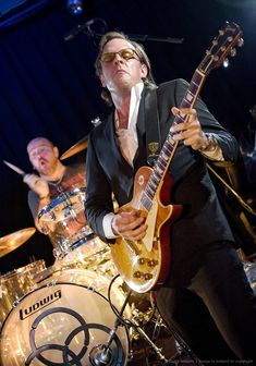 Joe Bonamassa - best guitarist ever