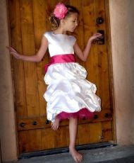 Brown Paper Packages: Baptism Dress Size 8 Pattern and Tutorial Sewing Kids Clothes, Sewing For Kids, Diy Clothes, Little Girl Dresses, Girls Dresses, Flower Girl Dresses, Summer Dresses, Flower Girls, Clothing Patterns