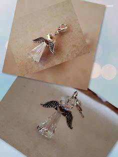 Handmade Prívesok Anjel - kľúče aj retiazka, aj tam nájde uplatnenie tento krásny kúsok, vyrobený z Swarovski elemantami. Anjel, Swarovski, Safari, Charmed, Drop Earrings, Bracelets, Handmade, Jewelry, Bangles