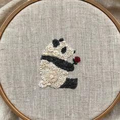 #embroidery #needlework #刺繍 #ハンドメイド #手仕事 #パンダ #パンダグッズ タイトル:バチェラー 遅ればせながら、Amazonプライム・ビデオでバチェラー2を見たので、薔薇付き🌹 Simple Embroidery, Hand Embroidery Stitches, Embroidery Hoop Art, Hand Embroidery Designs, Embroidery Techniques, Cross Stitch Embroidery, Embroidery Patterns, Beaded Embroidery, Sewing Crafts