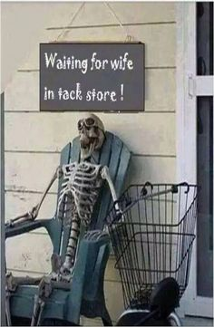 Waiting for wife at #tack_store