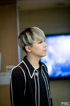 FNC Entertainment Releases Special Behind the Scenes Cuts of FT Island Hot Korean Guys, Korean Men, Korean Actors, Ft Island, Gwangju, Fnc Entertainment, Korean Entertainment, L Kpop, Hong Ki