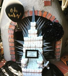 Game of Thrones diaper cake! - Game of Thrones diaper cake! Fiesta Baby Shower, Baby Shower Cakes, Baby Shower Parties, Baby Shower Themes, Baby Boy Shower, Shower Ideas, Diaper Game, Diaper Cake Boy, Cake Baby