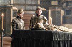 Dean-Charles Chapman as Tommen Baratheon and Nikolaj Coster-Waldau as Jaime Lannister – photo Helen Sloan/HBO