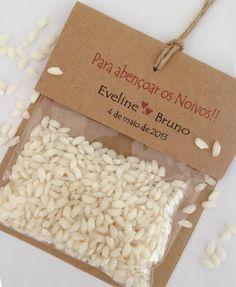 Embalagem para chuva de arroz Em papel kraft Texto personalizado Fio natural Saquinho com arroz Branco   Pedido minimo - 25 unidades  *** Produto original - confeccionado em nosso Estúdio *** R$ 35,00