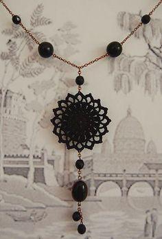 101. Collar - Sol Negro by Un Jardín De Hilo, via Flickr