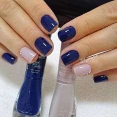 Chic Nails, Stylish Nails, Trendy Nails, Nails Now, Gel Nails, Nail Polish, Maroon Nails, Blue Nails, Lines On Nails