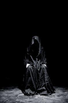 "socialpsychopathblr: "" ByTheR - All about dark element "" Dark Souls, Der Tot, Arte Obscura, Necromancer, Dark Photography, Phantom Of The Opera, Expo, Grim Reaper, Macabre"