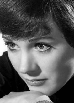 Julie Andrews is so beautiful                                                                                                                                                     More