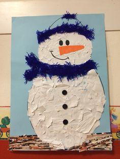 Pupazzo di neve. Riciclo della carta e lana