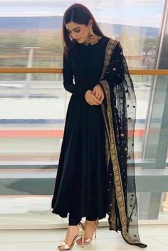 Indian designer suits - This Super Stylish Georgette Fabric Is Exclusively Crafted With Embroidery The Black Colour Suit Comes With Matching Bottom And Dupatta This Style Can Be Worn On Any Occasion And Can Crace Any Body Salwar Designs, Kurti Designs Party Wear, Pakistani Dress Design, Pakistani Outfits, Pakistani Party Wear Dresses, Party Wear Kurtis, Indian Wedding Outfits, Indian Outfits, Eid Outfits