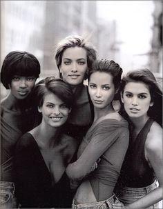 Supermodels of the 90s: Naomi Campbell, Linda Evangelista, Tatjana Patitz, Christy Turlington, Cindy Crawford