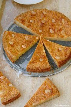 ouderwetse boterkoek Dutch Recipes, Tart Recipes, My Recipes, Baking Recipes, Cookie Recipes, Baking Bad, Cupcake Cookies, High Tea, Food Inspiration