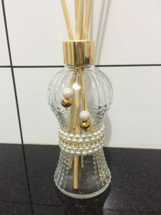 decorado com meia pérola adesiva,cordão de strass,pérolas e cristais